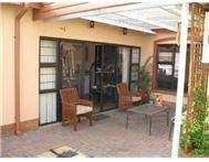 R 1 194 000 | Townhouse for sale in Klerksdorp Klerksdorp North West