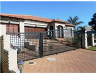 3 Bedroom house in Moreleta Park