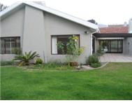 TOKAI. BRIGHT FAMILY HOME GARDEN AND LARGE ENTERTAINMENT AREAS