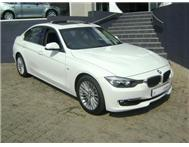 2012 BMW 3 SERIES 320i LUXURY LINE