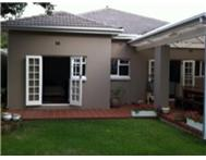 3 Bedroom House to rent in Claremont