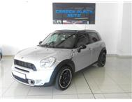 2012 MINI COUNTRYMAN COOPER S. LOTS OF EXTRAS. LIKE NEW.