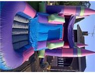avi s jumping castle hire and party hire
