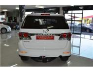 Toyota Fortuner 3.0 D4-D Manual 4x2 F/Lift