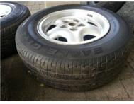 Land rover discovery 2 rims and tyres x 4