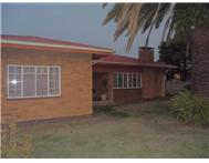 3 Bedroom House for sale in Vanderbijlpark SE1