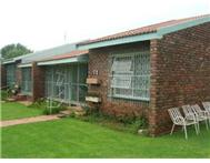 R 450 000 | Flat/Apartment for sale in Klerksdorp Klerksdorp North West