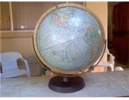 READERS DIGEST GREAT WORLD / EARTH GLOBE - R150