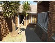 R 550 000 | Townhouse for sale in Norkem Park Kempton Park Gauteng