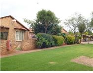 2 Bedroom Townhouse for sale in Noordheuwel Ext 4