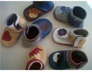 CUTE LEATHER BOOTIES FOR BABIES