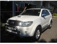 Toyota - Fortuner II 3.0 D-4D Raised Body