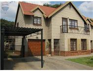 R 1 270 000 | Townhouse for sale in Equestria Pretoria East Gauteng