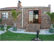 R 590 000 | Townhouse for sale in Strelitzia Park Uitenhage Eastern Cape