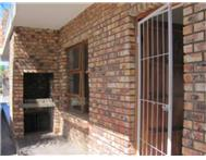 2 Bedroom Apartment / flat for sale in Uitenhage