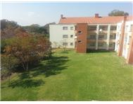 2 Bedroom apartment in Waterkloof Glen