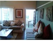 LARGE ROOM IN GREEN POINT IN A 3 BEDROOM APARTMENT