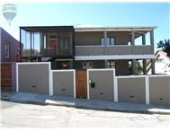 R 750 000 | Flat/Apartment for sale in Richmond Hill Port Elizabeth Eastern Cape