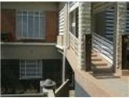 R 995 000 | House for sale in Kroonheuwel Kroonstad Free State