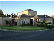 Stunning spacious Up market 4 bedroom house to let in Blouberg