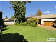 House For Sale in STRUBENSVALLEI ROODEPOORT