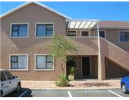 BRACKENFELL - PROTEA HEIGHTS - APARTMENT IN POPULAR COMPLEX ! !
