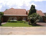 House For Sale in MAGALIESBURG KRUGERSDORP