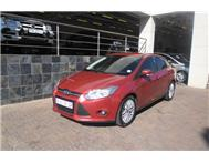 Ford - Focus 2.0 TDCi (120 kW) Trend Sedan Powershift