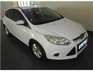 Ford - Focus 1.6 Ti VCT Trend Hatch Back
