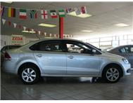 Volkswagen (VW) - Polo Sedan 1.6 Comfortline Tiptronic
