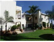 Exquisite fully furnished family home - Waterkloof Ridge! Waterkloof Ridge Pretoria R 28000.00