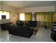 3 Bedroom House for sale in El Toro Park
