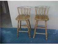 2x WOODEN BAR STOOLS
