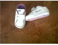 Size 1.5 Baby Nike sneakers Priced to Go!!