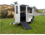 Alustar Maximus 4 berth horsebox Trailer