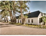 2 Bedroom House for sale in Bergvliet