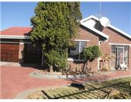 R 760 000 | House for sale in Falcon Ridge Vereeniging Gauteng