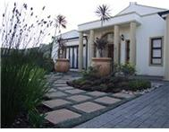 Townhouse for sale in Knysna