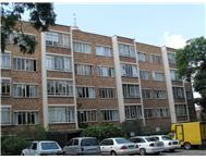 Spacious 1 bedroom ground-floor flat - Parktown