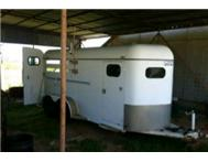 2 berth horse box