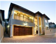 4 Bedroom duplex in La Lucia