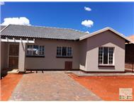 House to rent monthly in KATHU KATHU