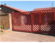 R 1 950 000 | House for sale in Edleen Kempton Park Gauteng