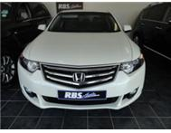 RELIABLITY AT ITS BEST WITH LOADS OF COMFORT HONDA ACCORD