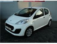Peugeot 107 AMAZING FEUL SAVER LIKE NEW