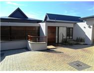 4 Bedroom house in Simbithi Estate