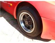 PORSCHE 944 ORGNIAL MAGS AND TYRES