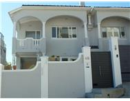 2 Bedroom duet in Sea Point Upper