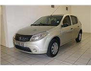 Renault - Sandero 1.4 Authentique
