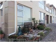 3 Bedroom Apartment / flat for sale in Hartenbos Heuwels